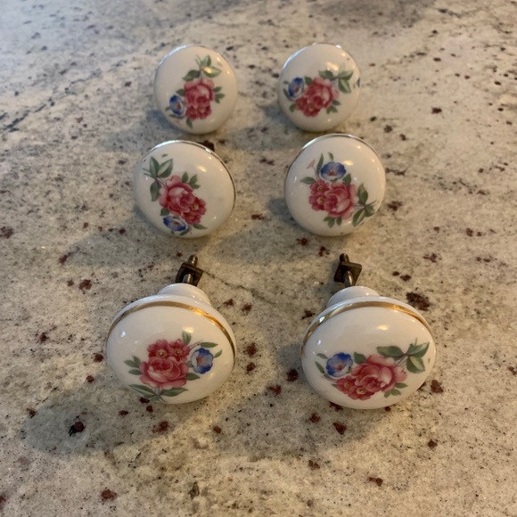 6-Antique Drawer Knobs Ceramic Painted